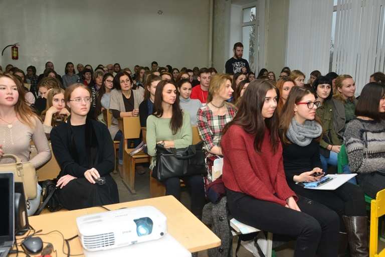 Студенты ВГТУ